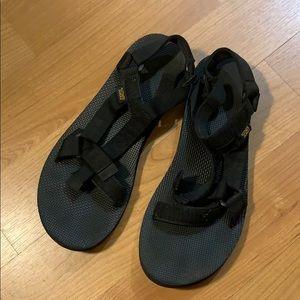 Shoes - Teva
